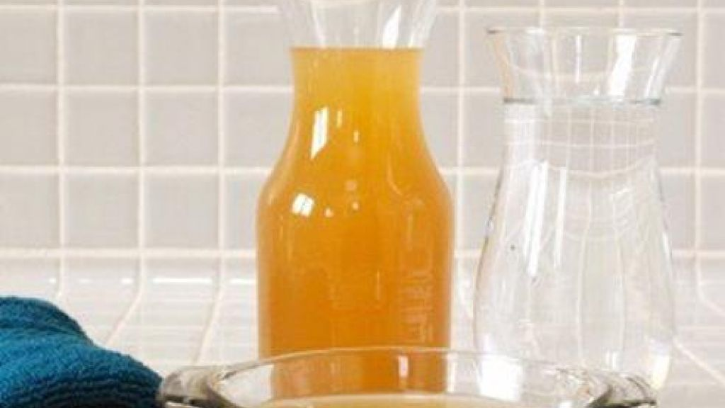 finest selection 71efd 4cdeb Bicarbonato e aceto per lavare i capelli. Il risultato vi ...