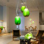 Ecco la lampada che assorbe CO2 grazie alle alghe