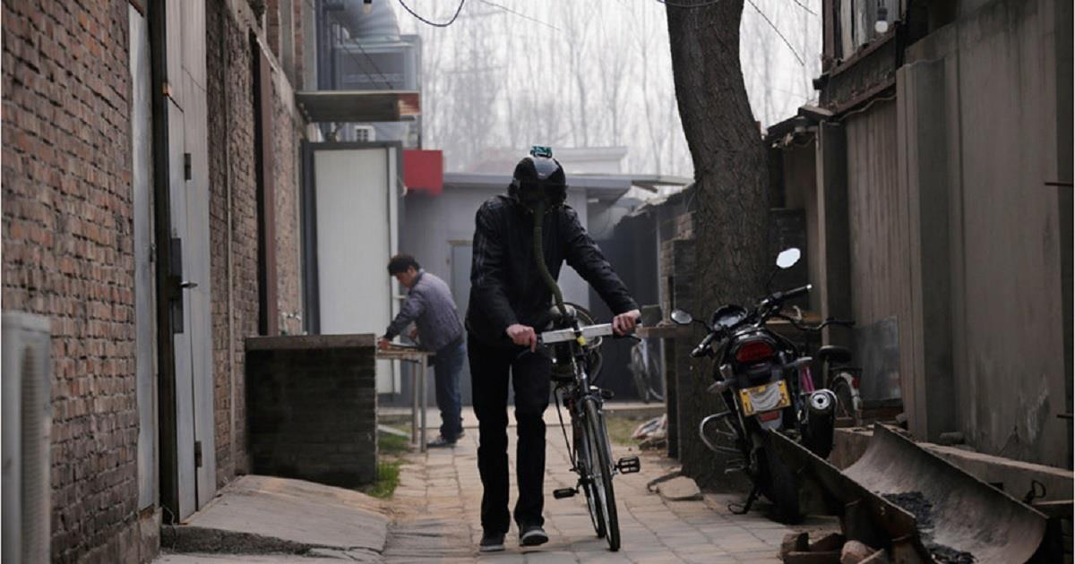 Inventata la bicicletta che purifica l'aria, pedalando