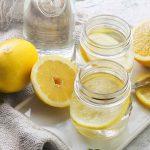 10 motivi per bere al mattino acqua e limone
