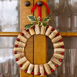 ghirlanda2 Ghirlande natalizie fai da te con materiale riciclato