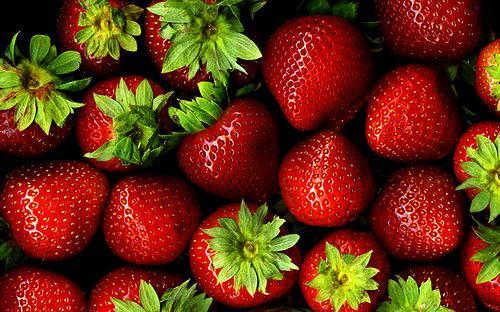 frutta di stagione_fragole