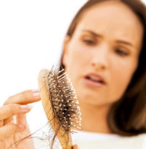 Perdita capelli cause donne - Cura della pelle