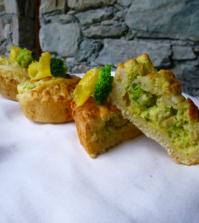 crostatine di pane e gambi di broccoli 500 (1)