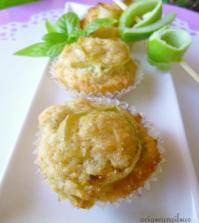 mini-muffin-vegan-con-bucce-di-mele-verdi-e-basilico