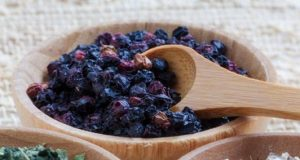 Tè di sambuco e spezie per potenziare le difese immunitarie e. dffc5177b01f