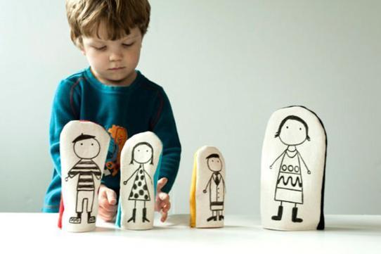 https://blog.etsy.com/en/2010/handmade-kids-how-to-fabric-nesting-dolls/