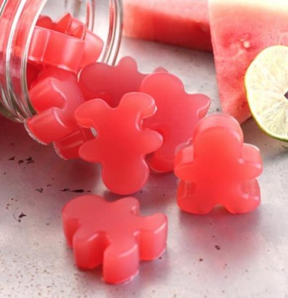 Come preparare in casa delle caramelle gommose senza coloranti e senza gelatina