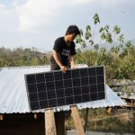 Thailandia: il progetto che porta l'energia solare nei villaggi isolati tra le montagne