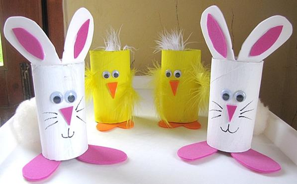 Foto: http://www.powerfulmothering.com/wp-content/uploads/2014/03/cute-bunny-and-chick-easter-treat-holders-from-cardboard-tubes.jpg