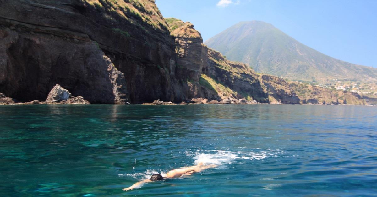 L'isola di salina punta alla sostenibilità. I progetti in campo