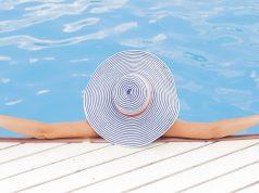 Inventata la piscina senza cloro che si pulisce con le piante