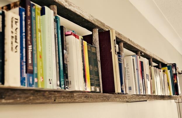 Foto: http://alyssagoesgreen.hubpages.com/hub/Cool-Bookshelf-Ideas#