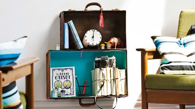 Foto: http://homes.ninemsn.com.au/img/2011/realliving/janfeb/0111RL-NEW-project-suitcase-shelves.jpg