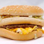 Cosa succede al nostro organismo, minuto per minuto, dopo aver mangiato un Big Mac