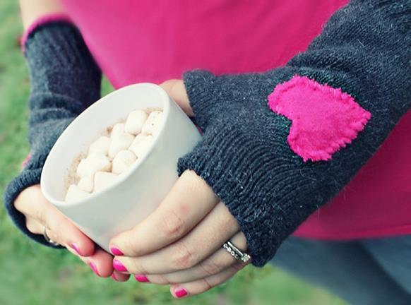 Foto: http://www.handimania.com/sew/fingerless-gloves-out-of-socks.html