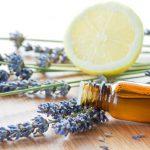 7 oli essenziali per combattere l'ansia e favorire la concentrazione