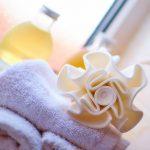 Bagno: come farlo profumare per giorni con 2 soli ingredienti