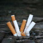 Dal 2 febbraio multe fino a 300 euro per chi getta a terra mozziconi di sigaretta