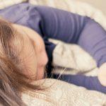 Sonno sereno: i migliori cibi (da scegliere) e i peggiori (da evitare) prima di coricarsi
