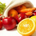 Frutta e verdura durante l'adolescenza riducono le probabilità di cancro al seno