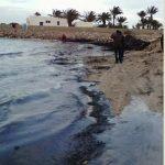 Tunisia: la marea nera vicino Lampedusa di cui nessuno parla