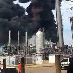 Messico: esplosione in un impianto petrolchimico