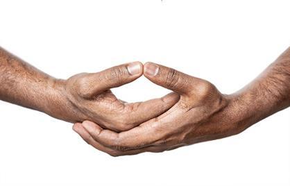 Foto: http://stylesatlife.com/wp-content/uploads/2014/02/Yoga-Mudras-Dhyana-Mudra.jpg