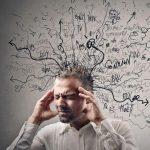 10 cattive abitudini che danneggiano il cervello