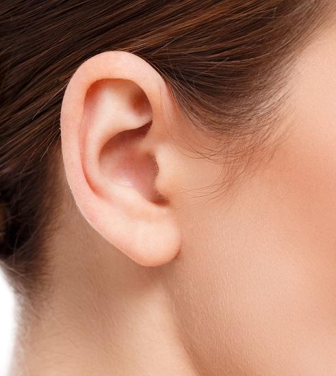 Come pulire le orecchie con i rimedi naturali