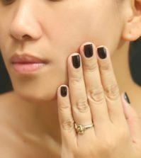 Pelle secca e disidratata: come nutrirla con una crema naturale alla curcuma