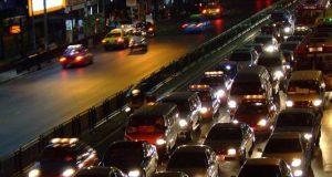 Come ridurre l'impatto dell'inquinamento quando siamo bloccati nel traffico