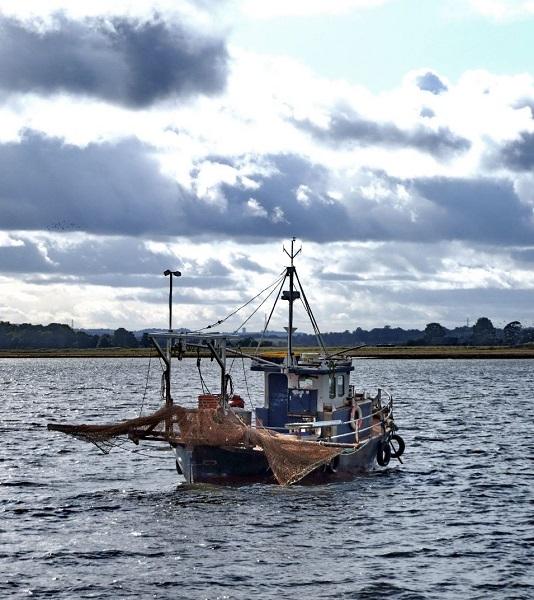 Pescatori sardi contro la NATO: