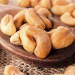 I benefici degli anacardi e del triptofano