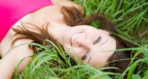 I 4 alimenti che danneggiano la pelle del viso