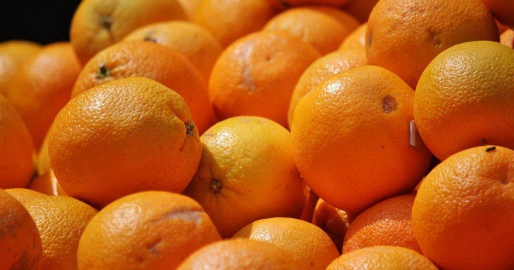 Trovato insetticida tossico in una partita di arance