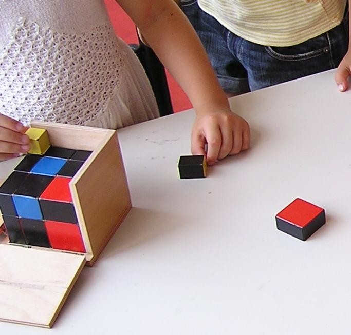 cubo algebrico