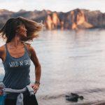 Cura dei capelli: cosa fare per combattere la caduta