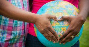 Adozione o utero in affitto?