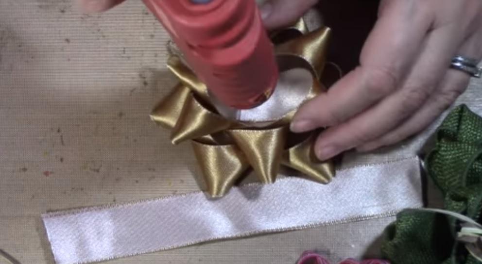 Come fare un fiocco