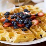 Waffle: dalla ricetta classica a quella natalizia, tante idee per gusti diversi
