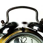 Svegliarsi col piede giusto: 5 cattive abitudini da mettere da parte ORA