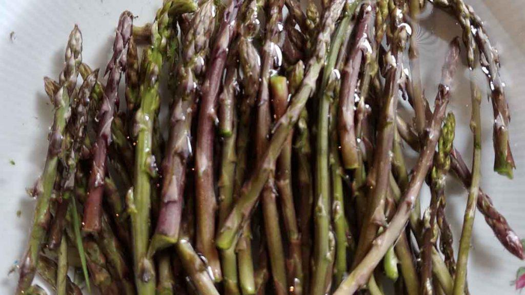 asparagi selvatici punte