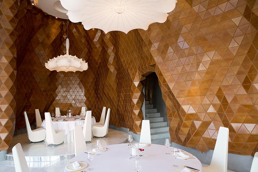 mesh sheets restaurant dubai legno