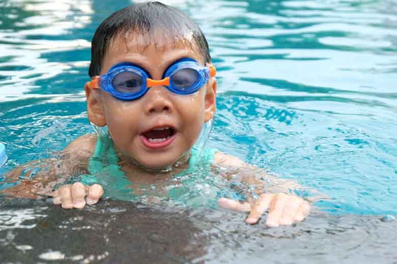 benefici del nuoto salute nei bambini