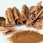 Proprietà della cannella e potenzialità nutrizionali degli abbinamenti con miele, anice e zenzero