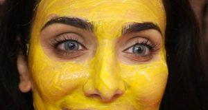 maschera alla curcuma