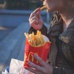 Ile d'Oleron ha bandito McDonald's, ma un tribunale vuole imporlo per legge