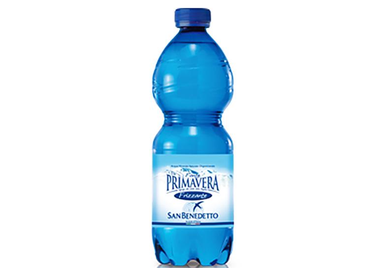 Il Ministero della Salute ritira un lotto di acqua minerale contaminata