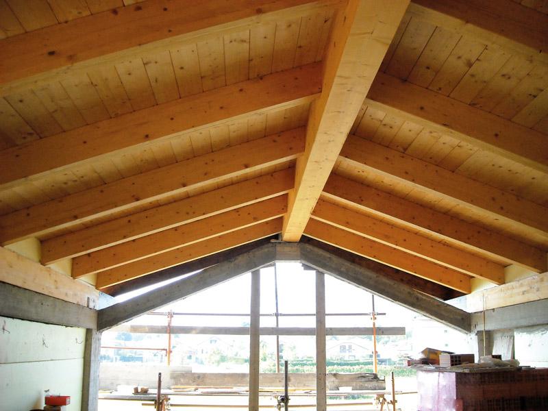 tetti in legno travi a vista